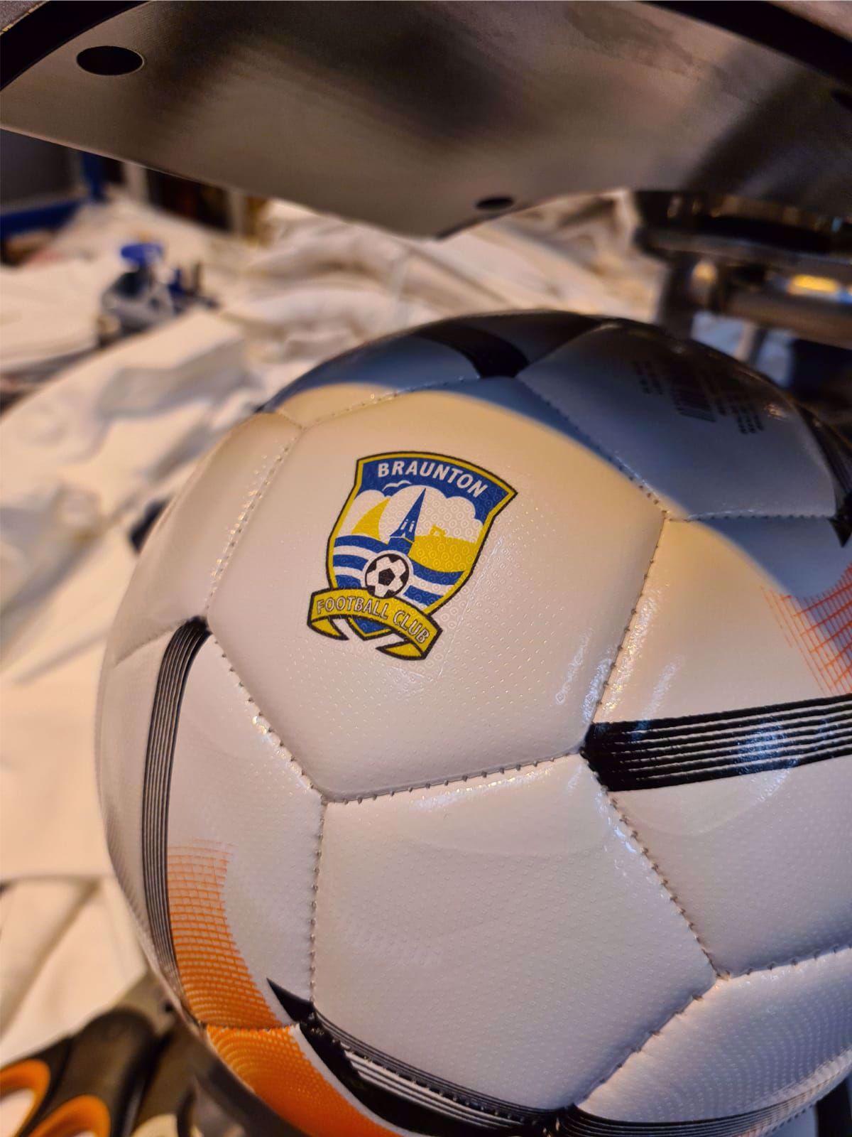 14x Custom Printed Uhlsport Team Football 1001674